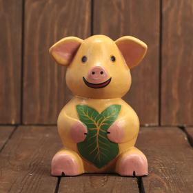 Сувенир дерево 'Свинка с листочком' 9х7х14 см Ош