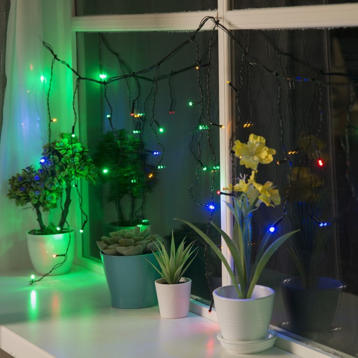 """Гирлянда """"Бахрома"""" 3 х 0.5 м , IP20, тёмная нить, 80 LED, свечение мульти, 8 режимов, 220 В"""