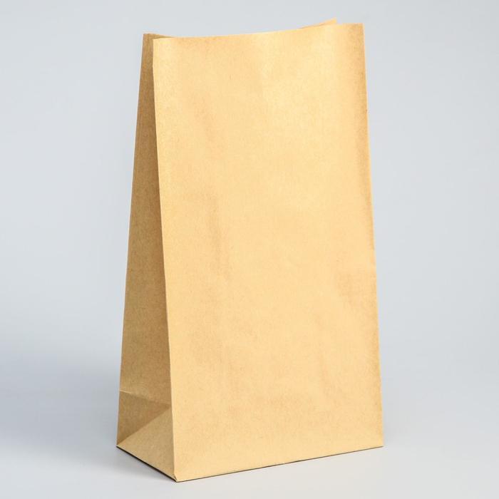 Пакет бумажный с декоративными элементами