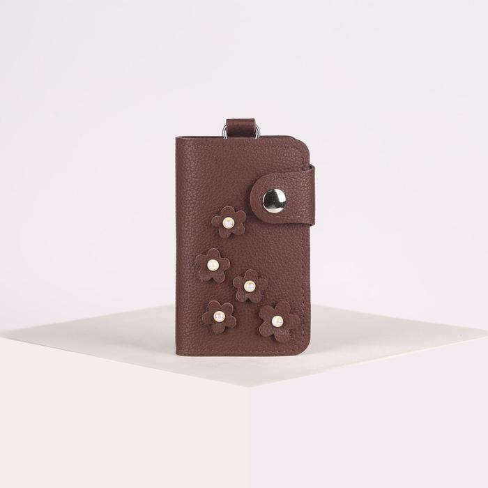 Ключница, длина 10 см, отдел на кнопке, 7 карабинов, цвет кофе