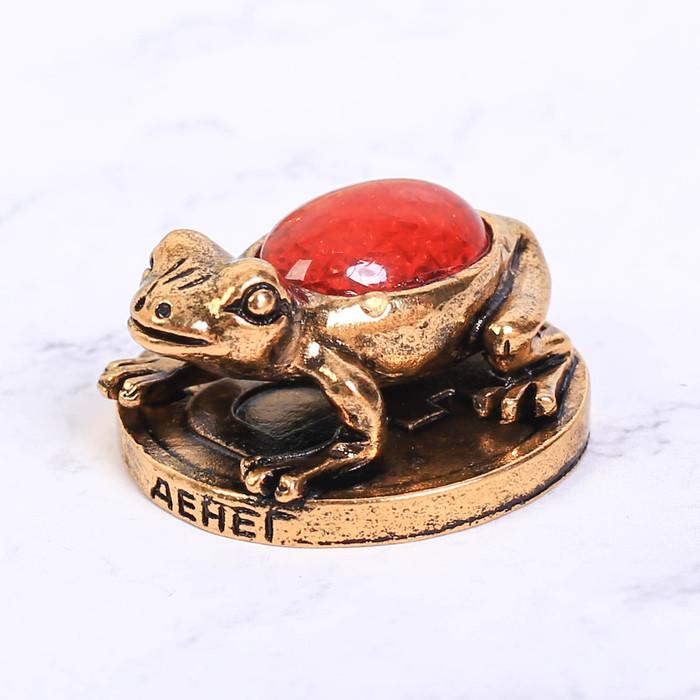 Фигурка с камнем Денег, лягушка