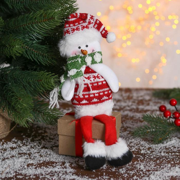 Мягкая игрушка Снеговик в свитере 830 см