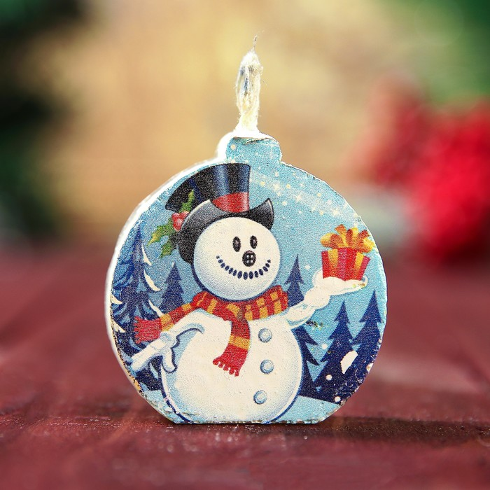 Свеча-медальон Снеговик 4х4см