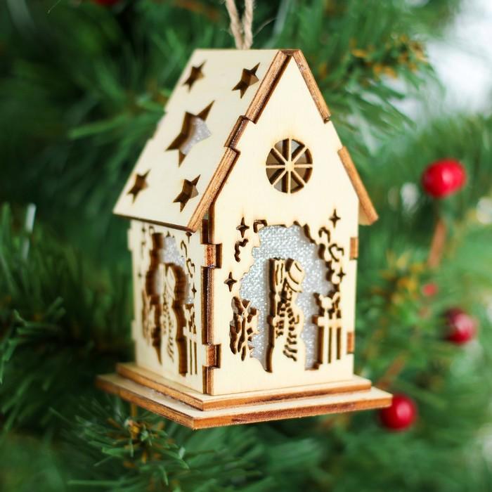 Декор с подсветкой «Дивный домик»