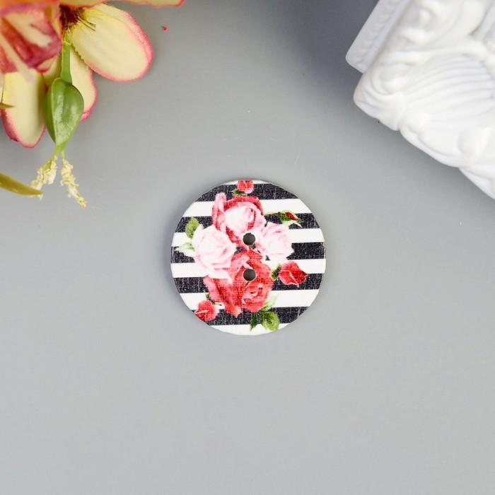 """Пуговица декоративная дерево """"Чайные розы"""" 2,5х2,5 см"""