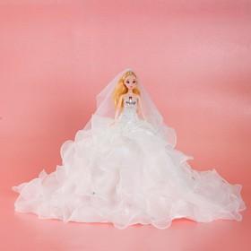 Кукла на подставке «Принцесса», белое платье с воланами Ош