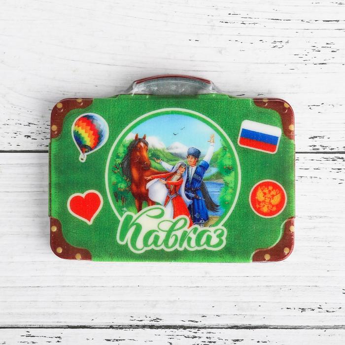 Магнит в форме чемодана «Кавказ. Герои»