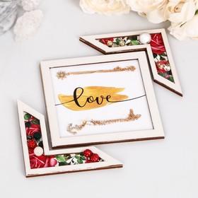 Подставка для аксессуаров 'Love' розы Ош