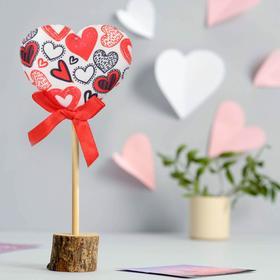 Декор на палочке «Сердце скетч»