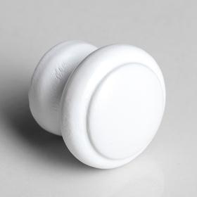 Ручка мебельная кнопка 'Классическая', крашеная, цвет белый, d-35, L-30 мм Ош