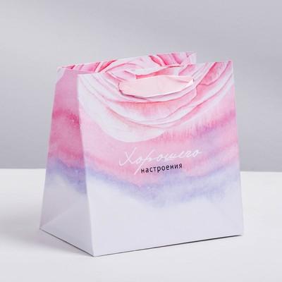 Пакет ламинированный квадратный «Цветочная нежность», 22 × 22 × 11 см