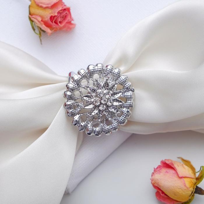 Кольцо для платка Аромат, цвет белый в серебре