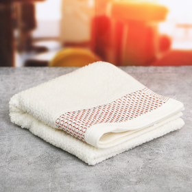 Спортивное полотенце светло-коричневое 72 х 35 см