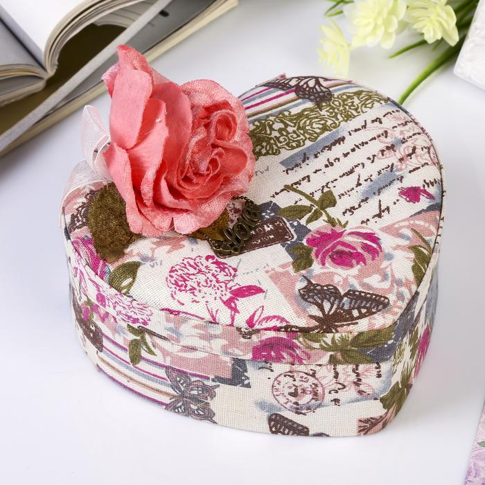 Шкатулка текстиль для украшений Бутон розы сердце 6,5х19х20,5 см