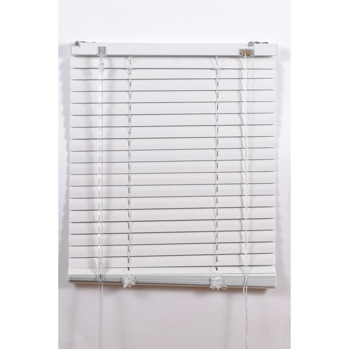 Алюминиевые жалюзи, размер 160х160 см, цвет белый