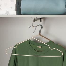 Вешалка-плечики для одежды Доляна, размер 40-44, антискользящее покрытие, цвет европейский коричневый