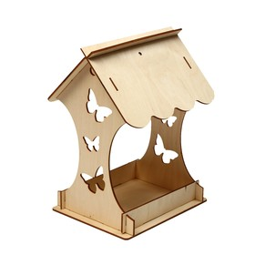 Kopмушка для птиц «Бабочка», 15 × 16 × 24 см