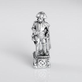 Сувенир полистоун 'Наполеон', серебряный Ош