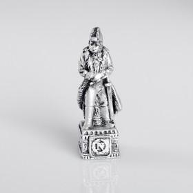 Сувенир полистоун 'Офицер Французской империи', серебряный Ош