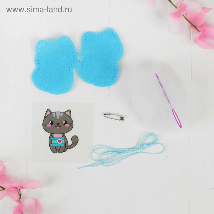 Брошь из фетра «Серый кот», с термонаклейкой и перфорацией
