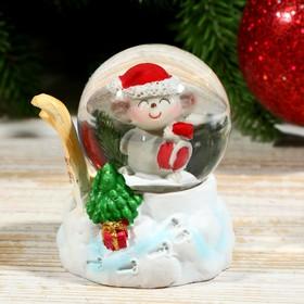 Сувенир полистоун водяной шар 'Мышонок с лыжами' d=4,5 см 6,5х5х5 см Ош