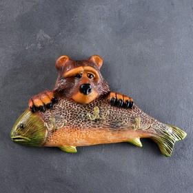 """Вешалка """"Медведь с рыбой"""" 22х44см"""