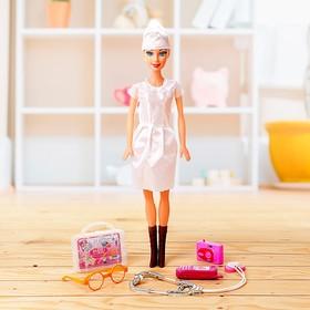 Кукла «Врач» с аксессуарами, высота 41 см Ош
