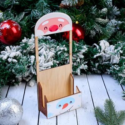 """Рамка на розетку подставка для телефона """"Дед Мороз"""" 24×10×4 см"""