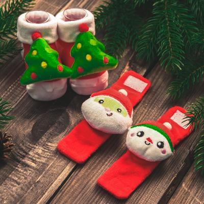 """Новый год,подарочный набор: браслетики + носочки- погремушки """"Дед мороз"""", р-р носочков 10-14 (10-14 см) - Фото 1"""