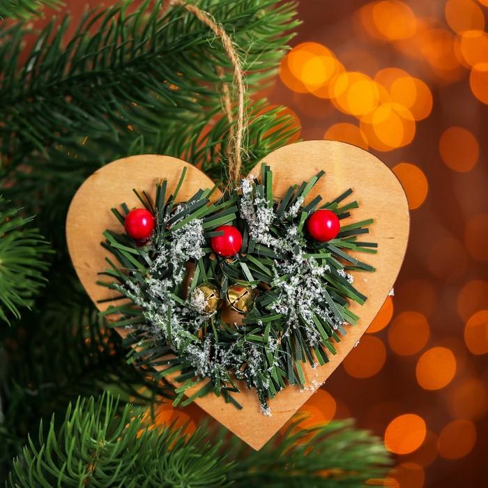 Новогодняя подвеска Хвойное сердце