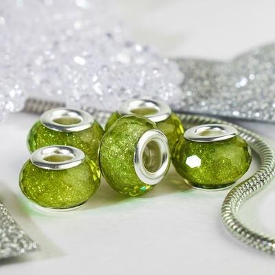 """Бусина """"Гранёная льдинка"""" с блёстками, цвет зелёный в серебре"""