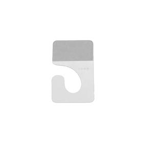 Крючок плоский с односторонним клеевым краем: 4,2 × 2,2 см Ош