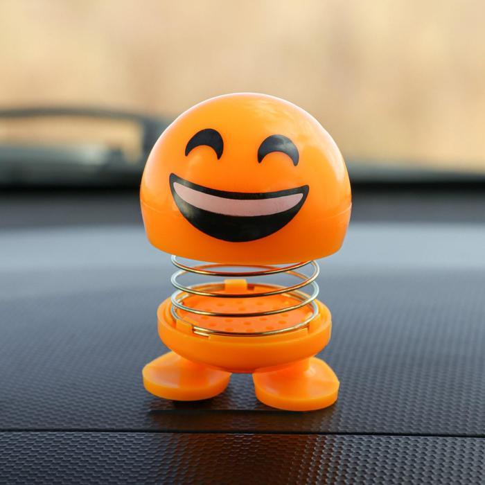 Смайл на пружинке, на панель в авто, смех, желтый