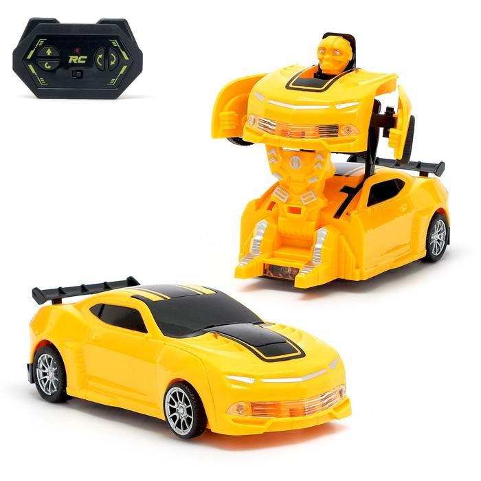 """Робот-трансформер радиоуправляемый """"Автобот"""", работает от батареек"""
