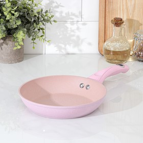 Сковорода кованая Доляна «Милими», d=20 см, индукция, ручка soft-touch, цвет МИКС