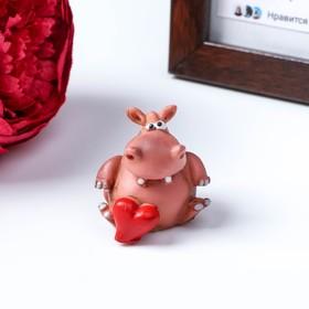 Сувенир на липучке 'Бегемотик с сердцем', 4,5см Ош