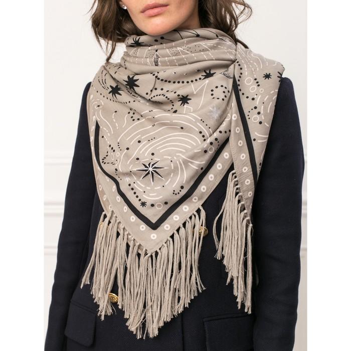 Платок женский 130×130 см, светло-серый
