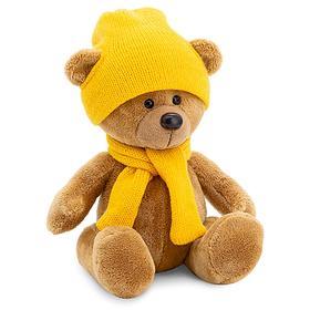 Мягкая игрушка «Медведь Топтыжкин», шапка, шарф, цвет коричневый, 17 см