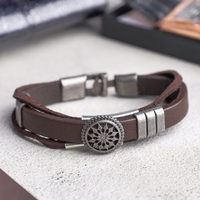 """Браслет мужской """"Компас"""", цвет коричневый в чернёном серебре, L=20,5 см"""