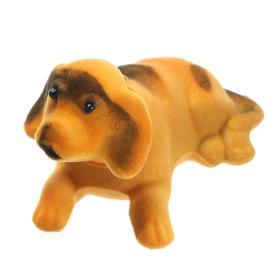 Собака на панель авто, качающая головой, малая, бежевый окрас Ош