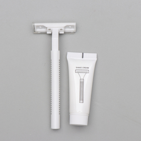 Бритва Стандарт с двумя нержавеющими лезвиями и крем для бритья 10 гр. Ош