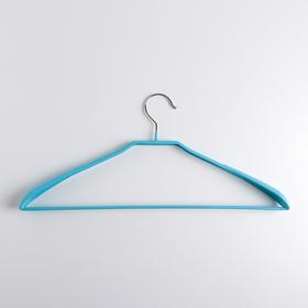 Вешалка массивная с резиновым покрытием с расширенными плечиками , 42×19×3,5 см, цвет голубой