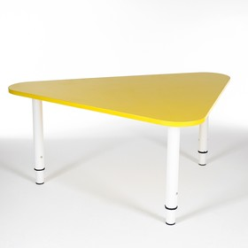 Стол Треугольник растущий гр.0-3 на металлокаркасе, Желтый Ош