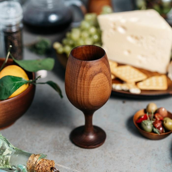 Бокал для вина из натурального кедра Magistro, 16,5×7 см, цвет шоколадный