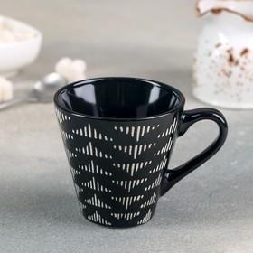Кружка Доляна «Штрихи», 180 мл, 11×8,2×7,7 см, цвет чёрный