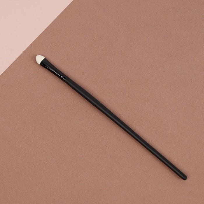 Аппликатор для теней, 18 см, цвет чёрный