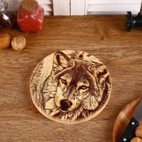 Доска из массива кедра «Волк», круглая, 18 × 18 см №240