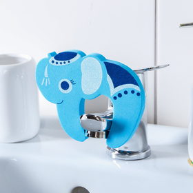 """Игрушка EVA для ванны на кран """"Слоник"""""""