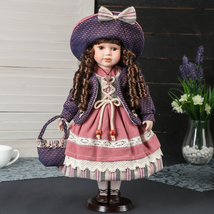 """Кукла коллекционная керамика """"Катерина в платье цвета охра, в шляпке и с сумкой"""" 40 см"""