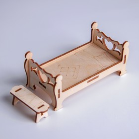Деревянная мебель для кукол «Кровать с лавочкой»